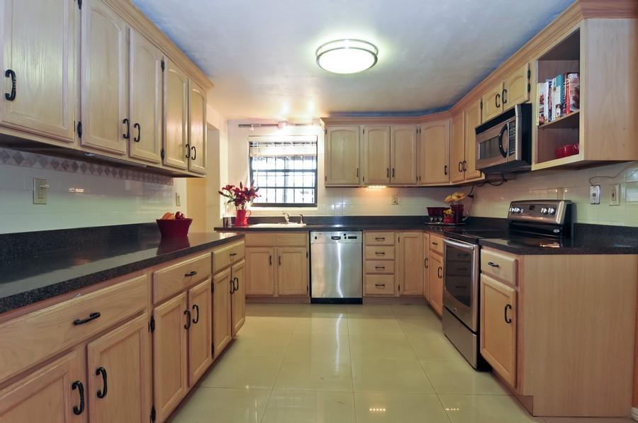 Real Estate Photography - 4174 Alton Rd, Miami Beach, FL, 33140 - Kitchen