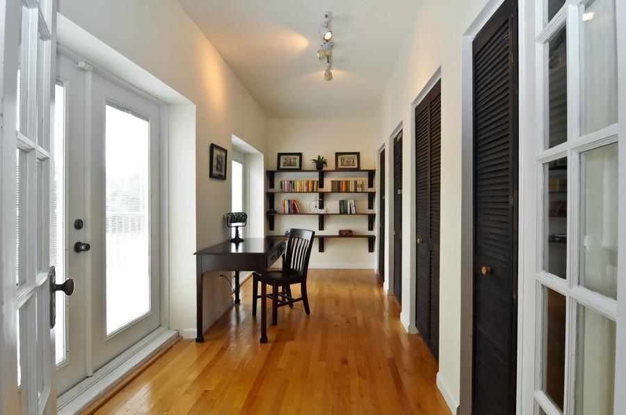 Real Estate Photography - 4174 Alton Rd, Miami Beach, FL, 33140 - Office