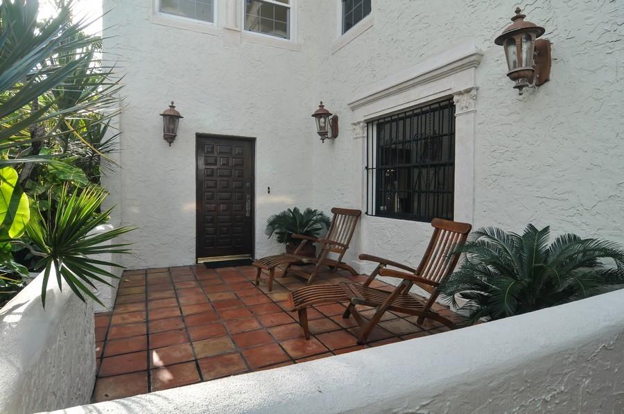 Real Estate Photography - 4174 Alton Rd, Miami Beach, FL, 33140 - Entryway