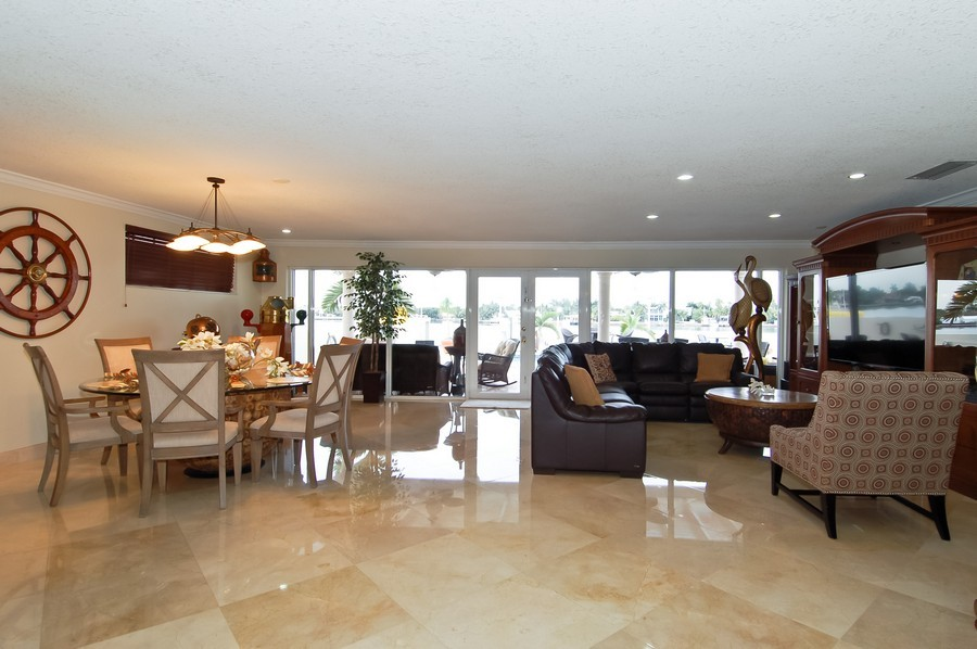 Real Estate Photography - 1121 Stillwater, Miami Beach, FL, 33141 - Living Room