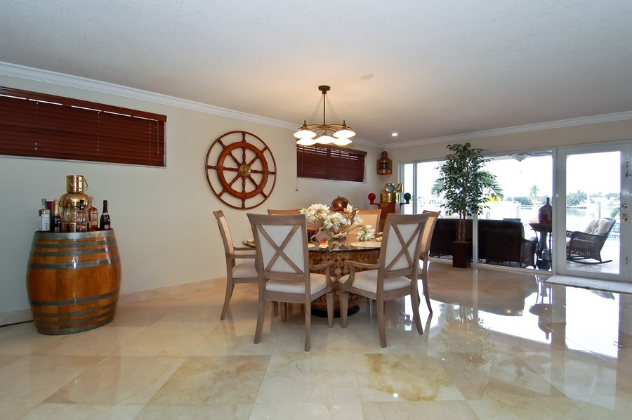 Real Estate Photography - 1121 Stillwater, Miami Beach, FL, 33141 - Breakfast Room