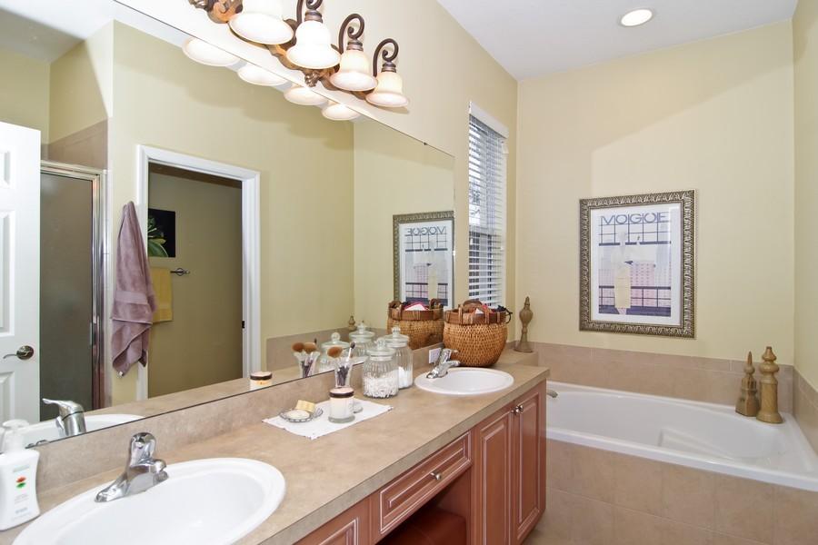 Real Estate Photography - 13160 Sunkiss Loop, Windermere, FL, 34786 - Master Bathroom