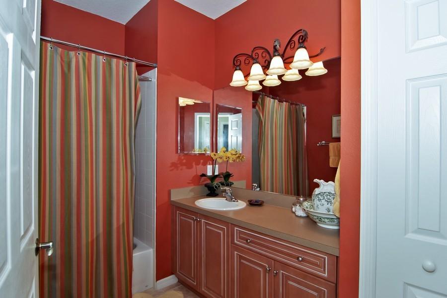 Real Estate Photography - 13160 Sunkiss Loop, Windermere, FL, 34786 - Bathroom