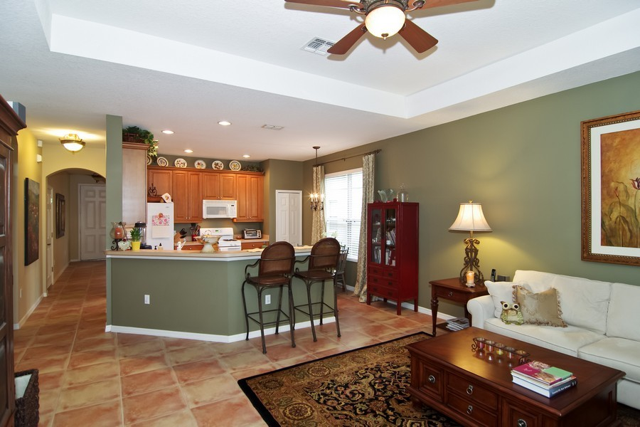 Real Estate Photography - 13160 Sunkiss Loop, Windermere, FL, 34786 - Family Room / Kitchen
