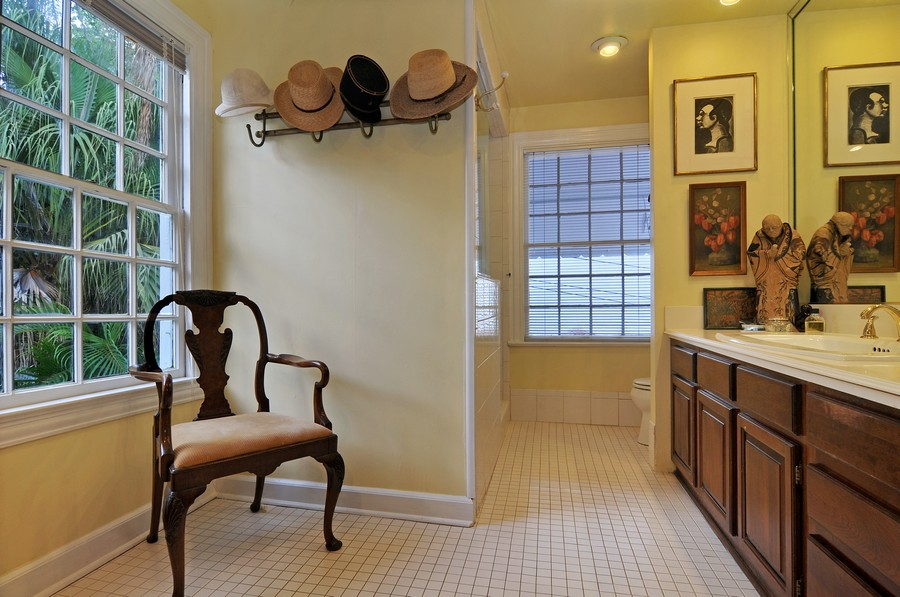 Real Estate Photography - 6705 San Vicente Street, Coral Gables, FL, 33146 - Master Bathroom