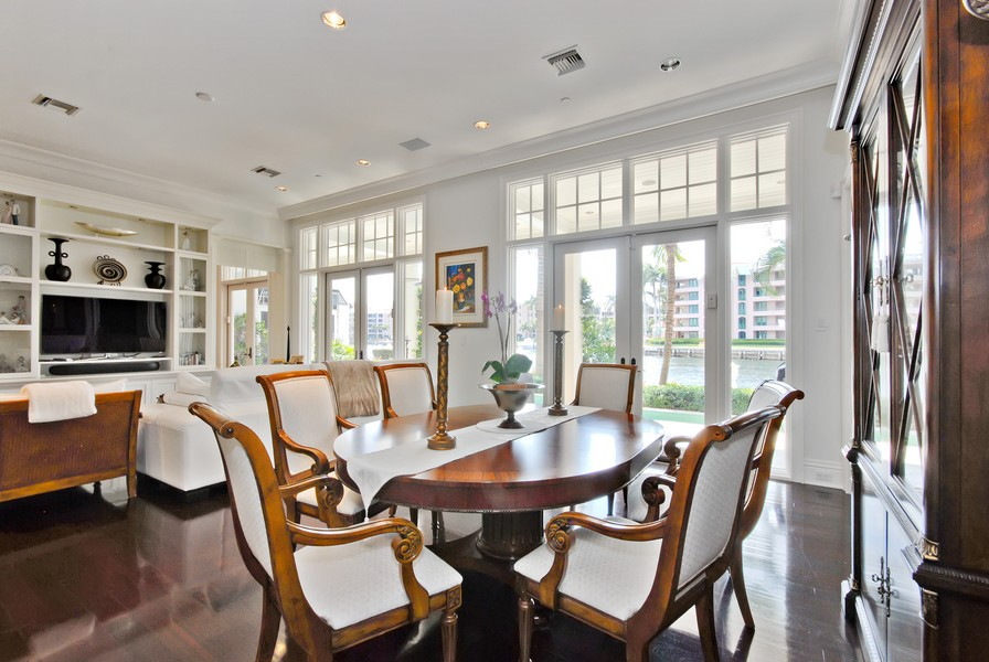 Real Estate Photography - 135 Spanish Trail, Boca Raton, FL, 33432 - Breakfast Nook
