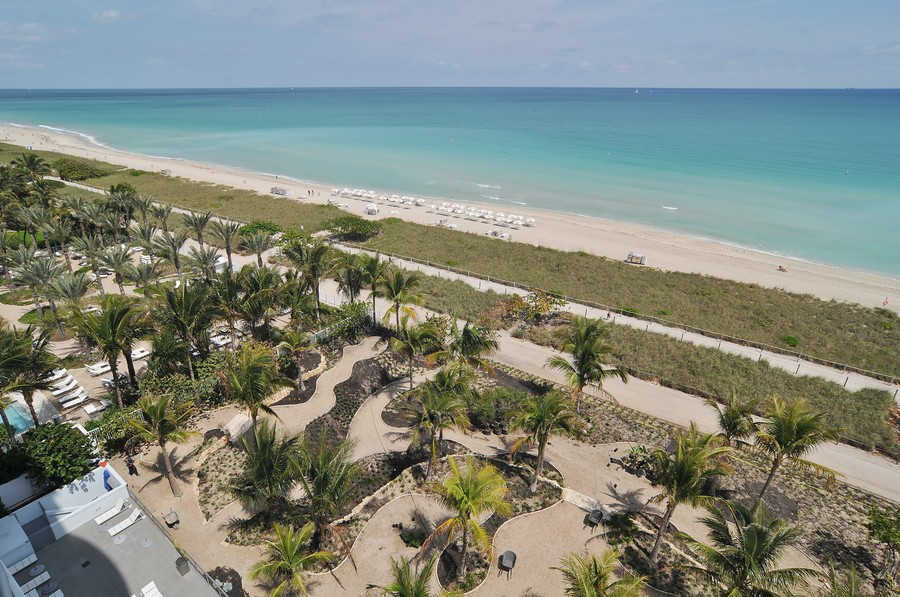 Real Estate Photography - 9401 Collins Ave, Unit 906, Surfside, FL, 33154 - Beach
