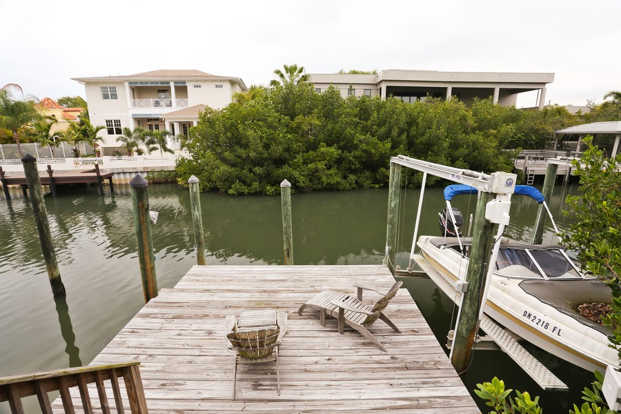 Real Estate Photography - 21 Spanish Main St, Tampa, FL, 33609 - Dock