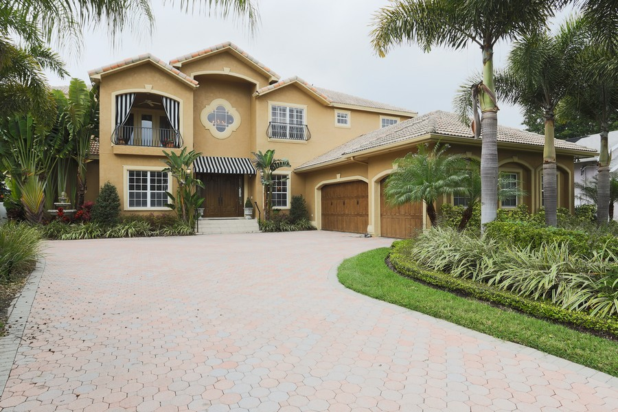 Real Estate Photography - 21 Spanish Main St, Tampa, FL, 33609 - Front View