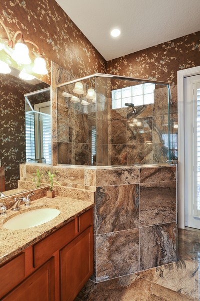 Real Estate Photography - 21 Spanish Main St, Tampa, FL, 33609 - Bathroom