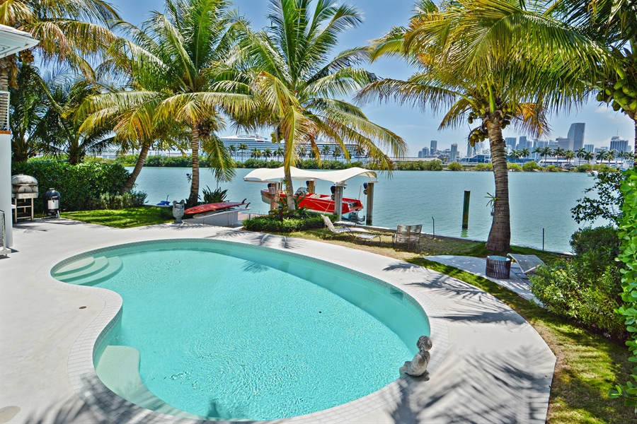 Real Estate Photography - 302 S Coconut Lane, Miami Beach, FL, 33139 - Pool