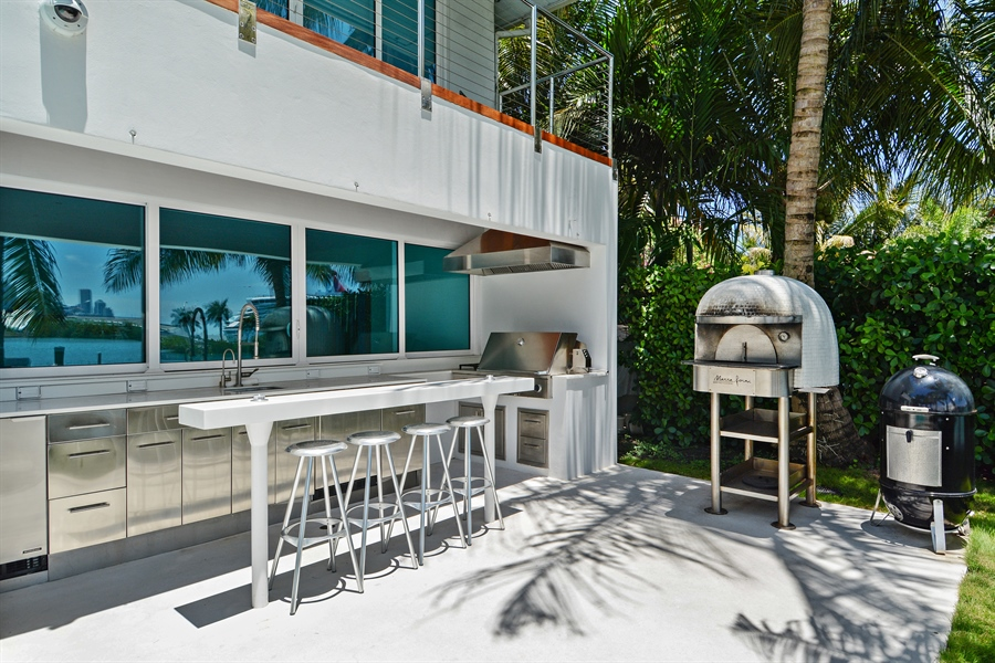 Real Estate Photography - 302 S Coconut Lane, Miami Beach, FL, 33139 - Barbeque / Picnic Area