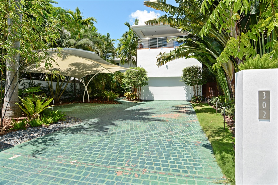 Real Estate Photography - 302 S Coconut Lane, Miami Beach, FL, 33139 - Front View