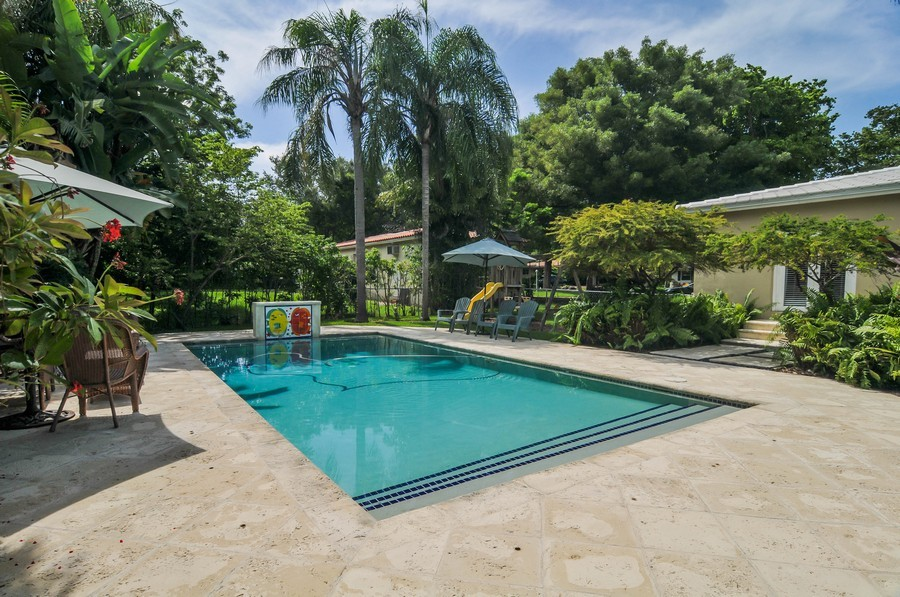 Real Estate Photography - 521 San Juan, Coral Gables, FL, 33143 - Pool