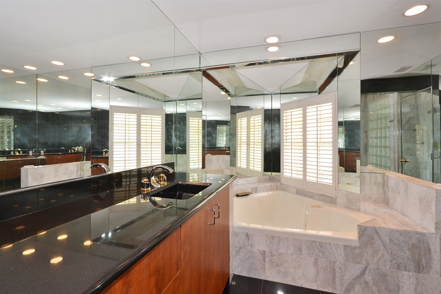 Real Estate Photography - 290 SE 28th Ave, Pompano Beach, FL, 33062 - Master Bathroom