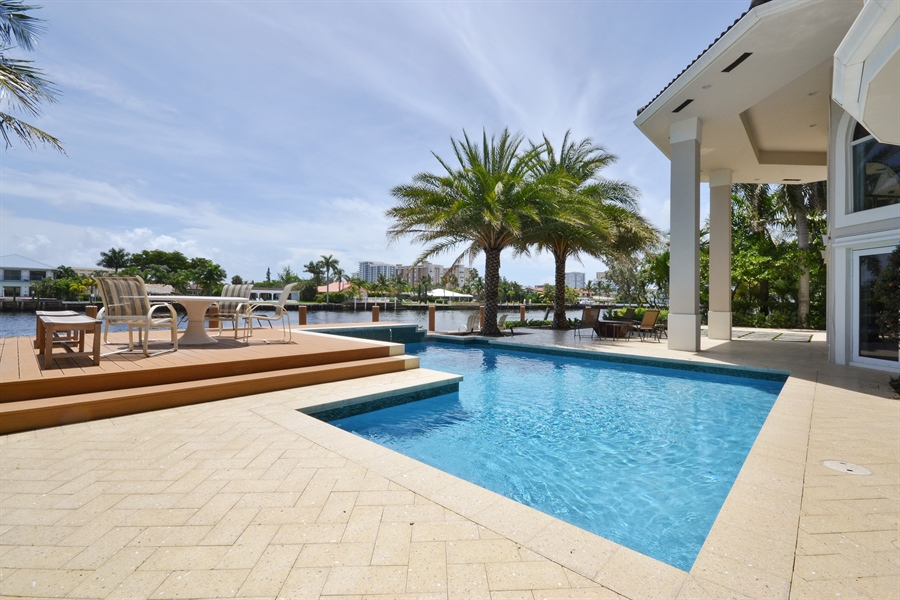 Real Estate Photography - 290 SE 28th Ave, Pompano Beach, FL, 33062 - Deck