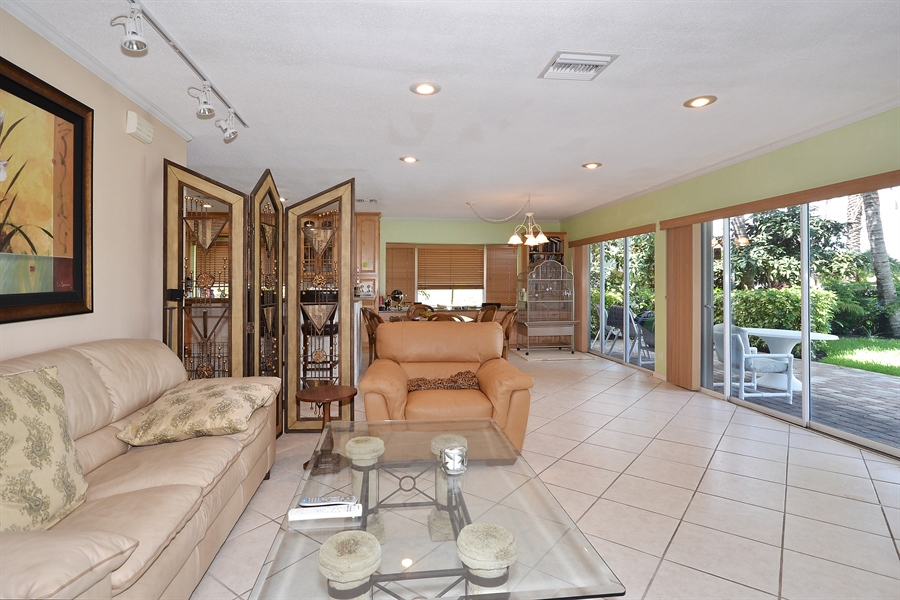 Real Estate Photography - 211 S Riverside Dr, Pompano Beach, FL, 33062 - Family Room