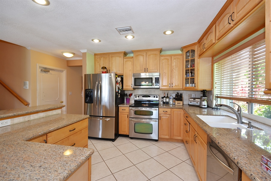 Real Estate Photography - 211 S Riverside Dr, Pompano Beach, FL, 33062 - Kitchen