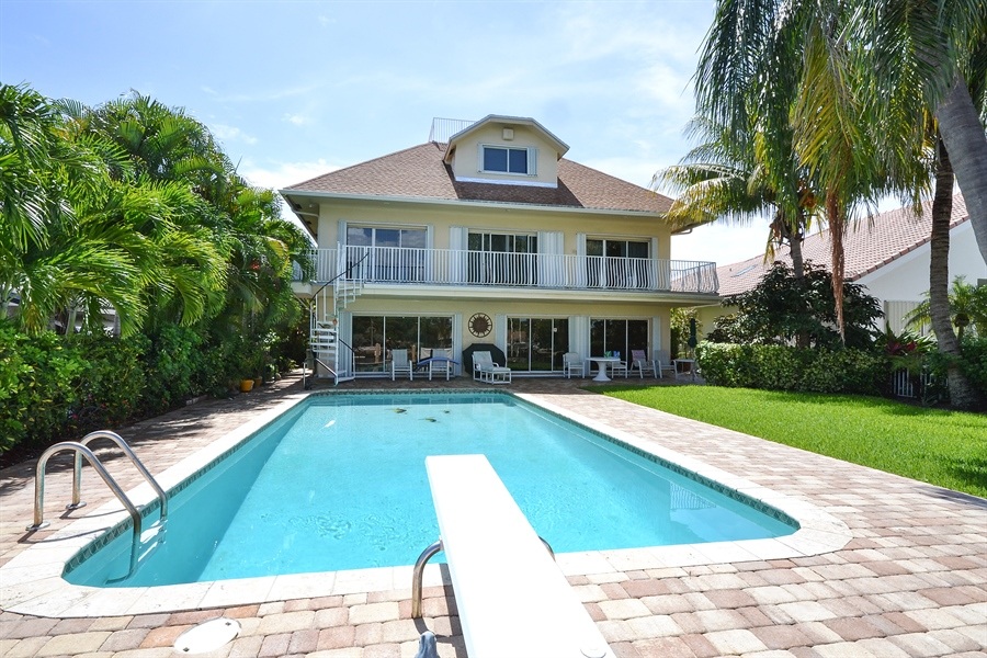 Real Estate Photography - 211 S Riverside Dr, Pompano Beach, FL, 33062 - Rear View