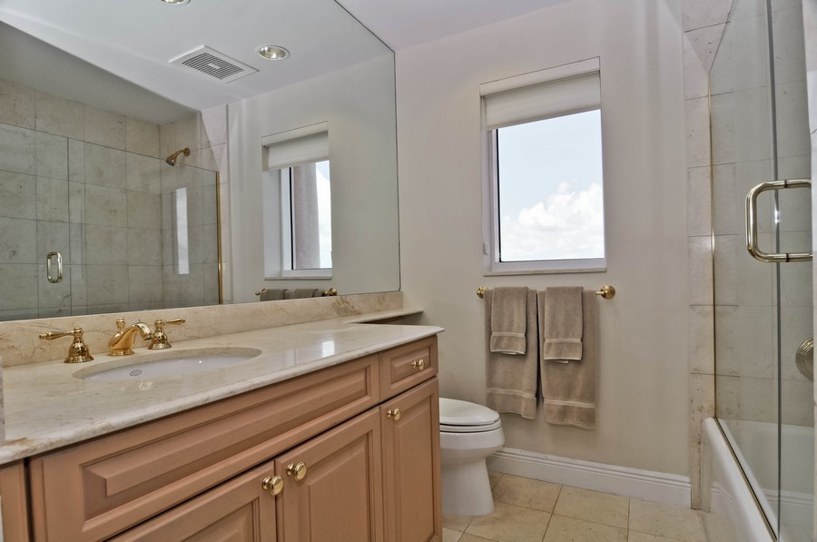 Real Estate Photography - 13627 Dearing Bay Dr, Unit 701, Coral Gables, FL, 33158 - 2nd Bathroom