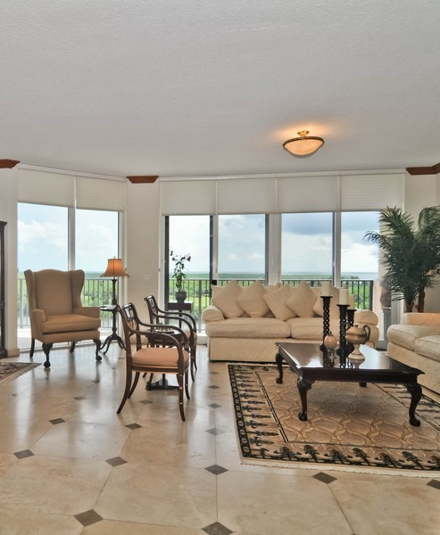 Real Estate Photography - 13627 Dearing Bay Dr, Unit 701, Coral Gables, FL, 33158 - Living Room / Dining Room