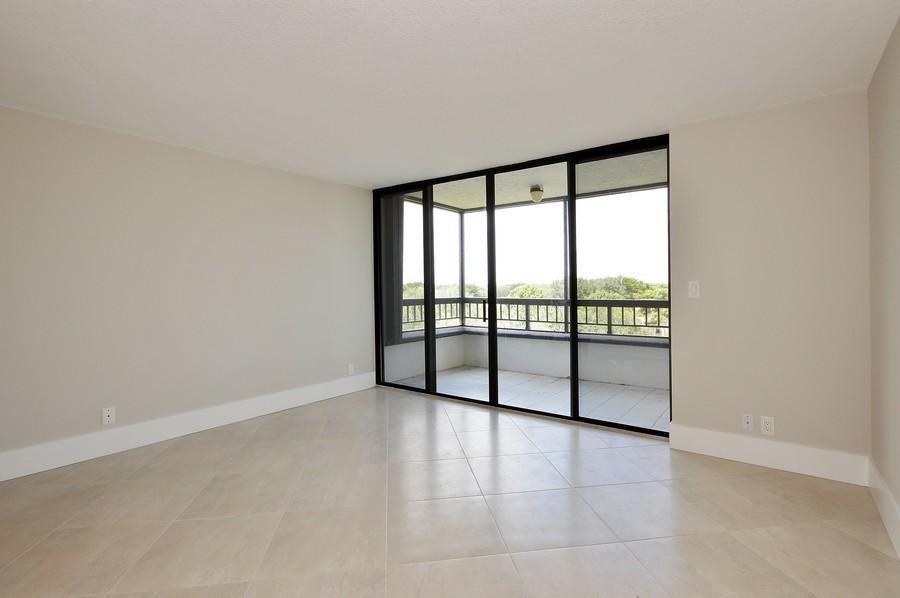 Real Estate Photography - 6530 Boca Del Mar Dr, Boca Raton, FL, 33433 - Master Bedroom