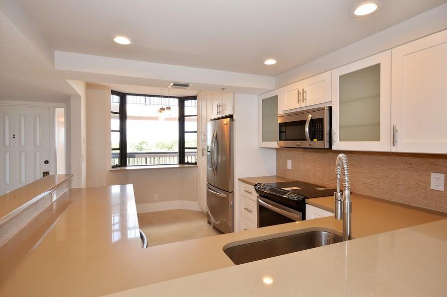 Real Estate Photography - 6530 Boca Del Mar Dr, Boca Raton, FL, 33433 - Kitchen / Breakfast Room