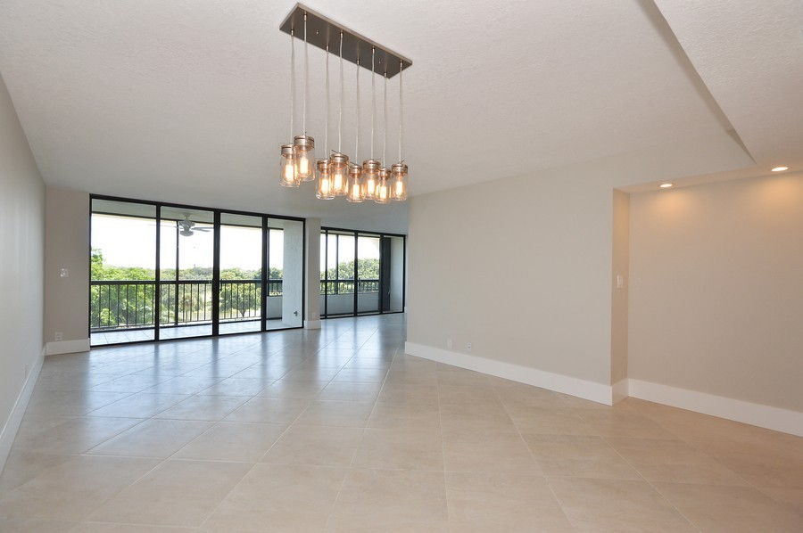 Real Estate Photography - 6530 Boca Del Mar Dr, Boca Raton, FL, 33433 - Great Room