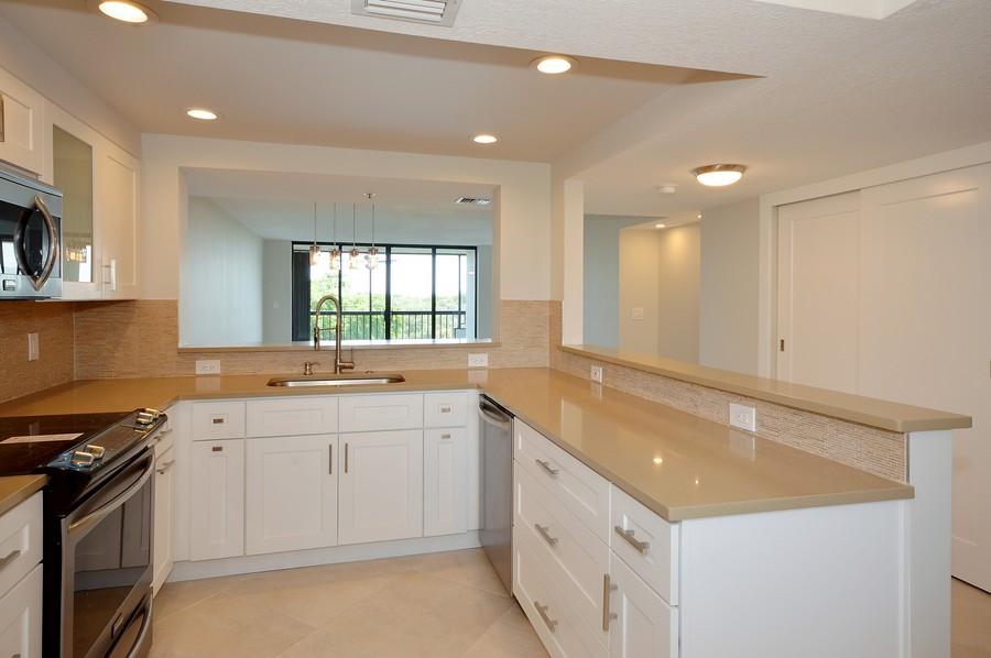Real Estate Photography - 6530 Boca Del Mar Dr, Boca Raton, FL, 33433 - Kitchen