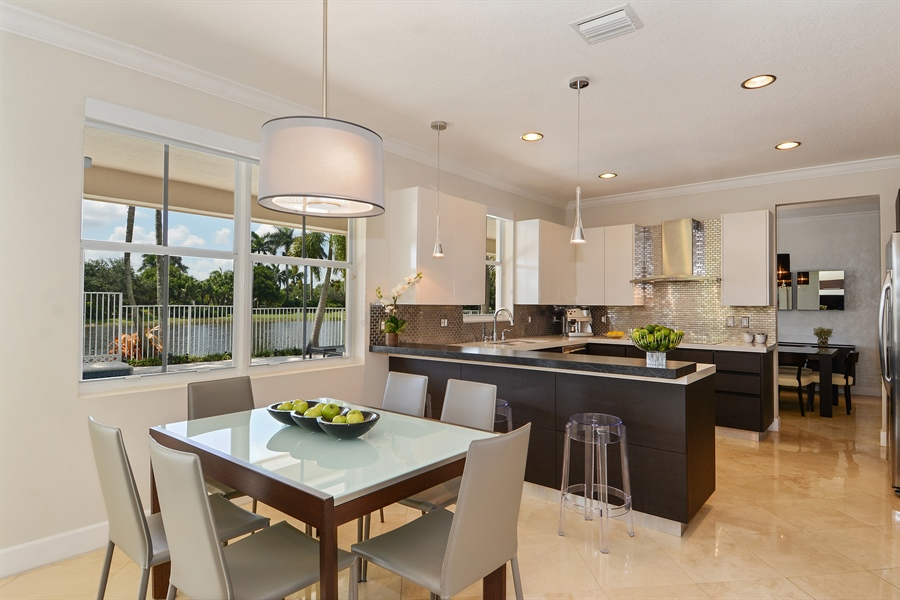 Real Estate Photography - 1289 Leeward Way, Weston, FL, 33327 - Kitchen / Breakfast Room