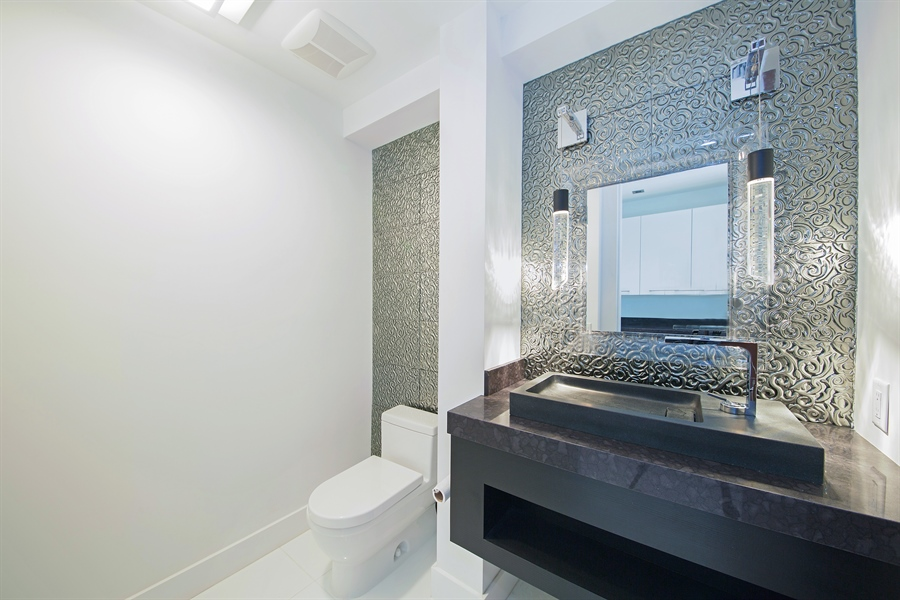 Real Estate Photography - 300 Royal Plaza Dr, Fort Lauderdale, FL, 33301 - 4th Bathroom