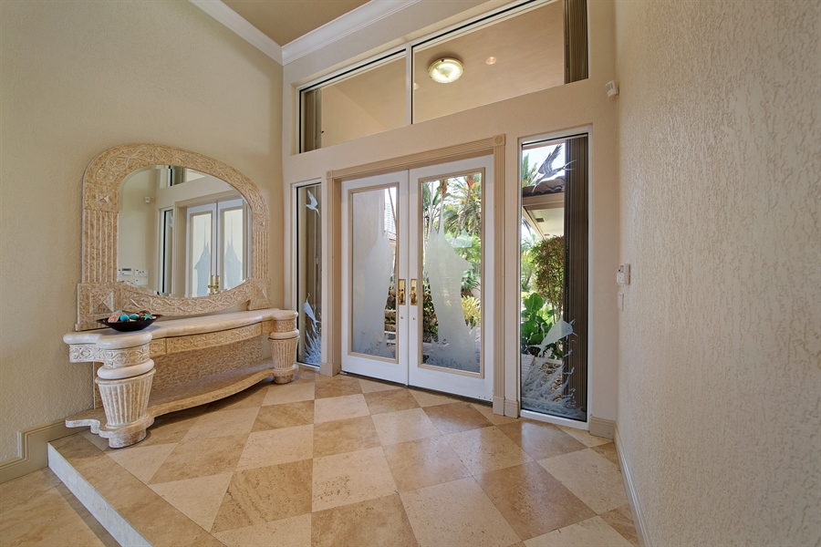 Real Estate Photography - 324 Holiday Dr, Hallandale, FL, 33009 - Foyer