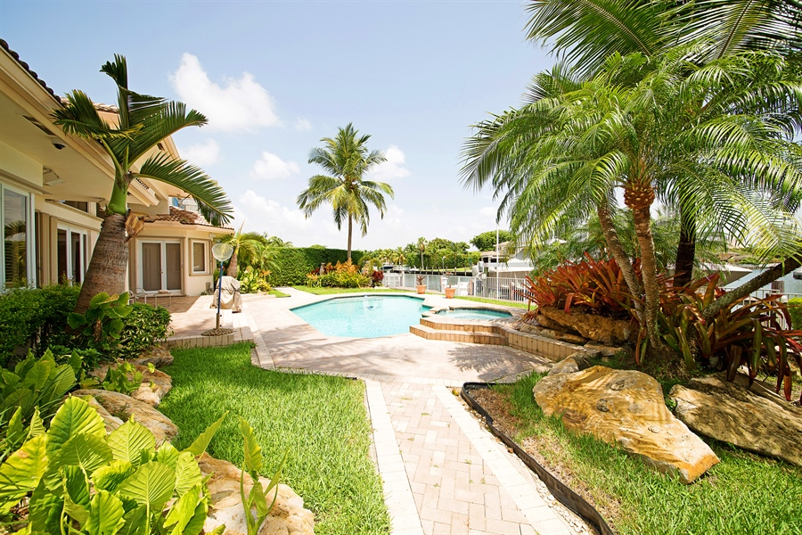 Real Estate Photography - 324 Holiday Dr, Hallandale, FL, 33009 - Side View