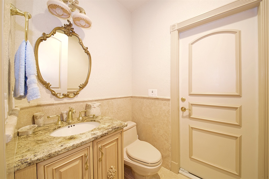 Real Estate Photography - 324 Holiday Dr, Hallandale, FL, 33009 - Half Bath