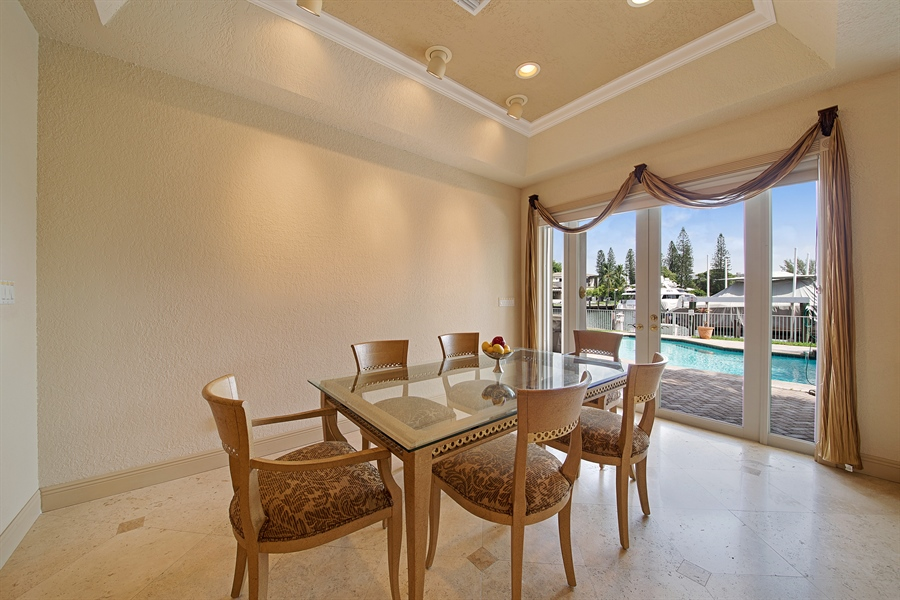 Real Estate Photography - 324 Holiday Dr, Hallandale, FL, 33009 - Breakfast Nook