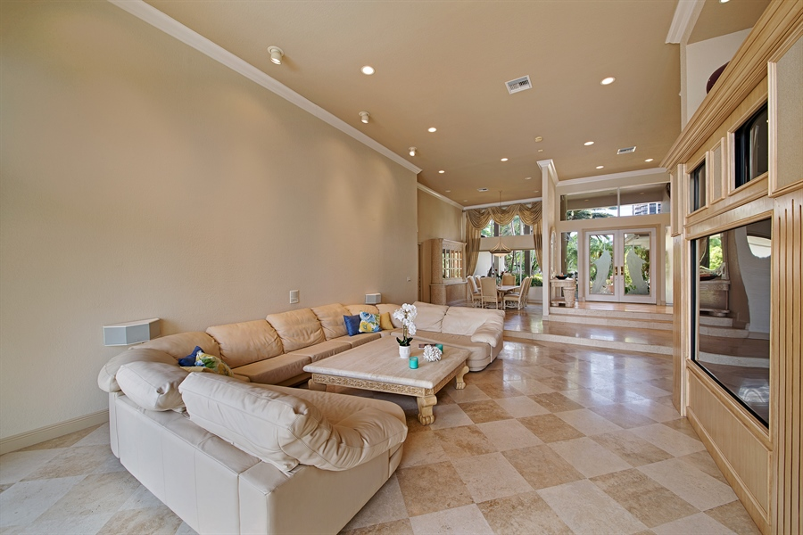 Real Estate Photography - 324 Holiday Dr, Hallandale, FL, 33009 - Living Room / Dining Room