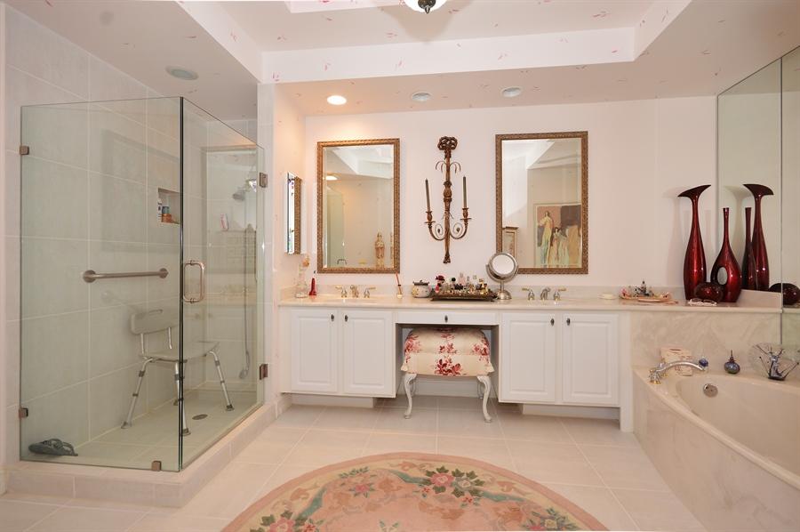 Real Estate Photography - 6190 Island Walk, Unit D, Boca Raton, FL, 33496 - Master Bathroom
