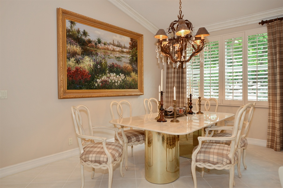 Real Estate Photography - 6190 Island Walk, Unit D, Boca Raton, FL, 33496 - Dining Room