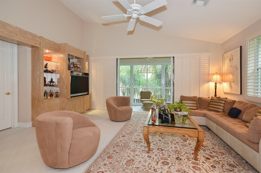 Real Estate Photography - 6190 Island Walk, Unit D, Boca Raton, FL, 33496 - Family Room