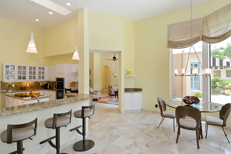 Real Estate Photography - 6565 NW 31st Ter, Boca Raton, FL, 33496 - Kitchen / Breakfast Room