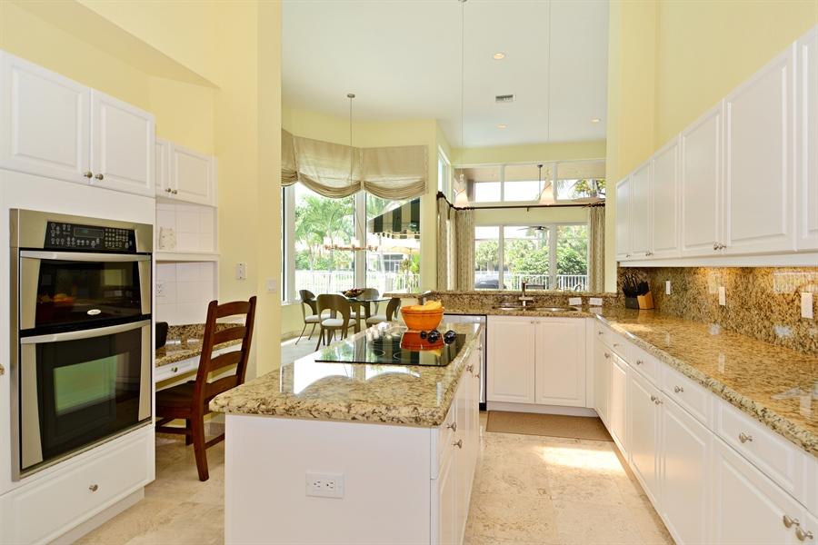 Real Estate Photography - 6565 NW 31st Ter, Boca Raton, FL, 33496 - Kitchen