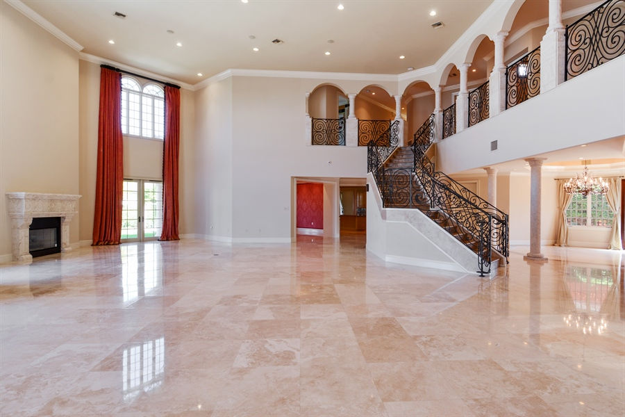 Real Estate Photography - 1645 E Lake Dr, Fort Lauderdale, FL, 33316 - Foyer/Living Room