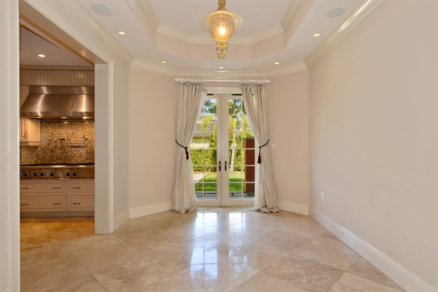 Real Estate Photography - 1645 E Lake Dr, Fort Lauderdale, FL, 33316 - Breakfast Room