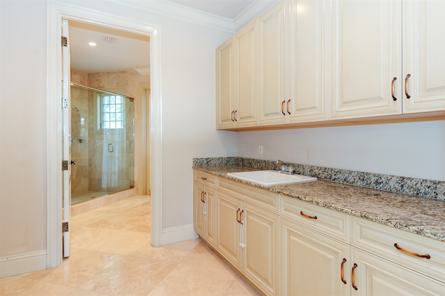 Real Estate Photography - 1645 E Lake Dr, Fort Lauderdale, FL, 33316 - Laundry Room