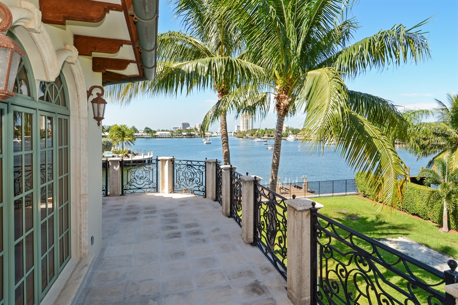 Real Estate Photography - 1645 E Lake Dr, Fort Lauderdale, FL, 33316 - Balcony