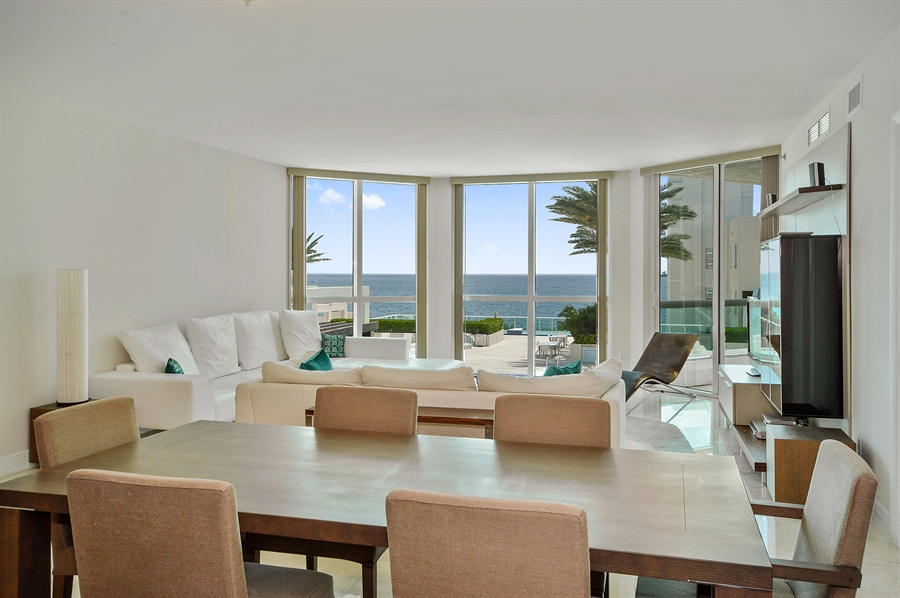 Real Estate Photography - 101 Ft Lauderdale Beach Blvd, Unit 702, Ft Lauderdale, FL, 33316 - Dining Room