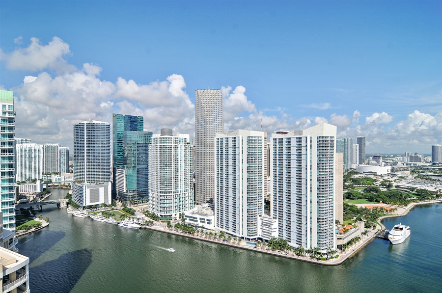 Real Estate Photography - 848 Brickell Key Dr, Unit 3806, Miami, FL, 33131 - City View