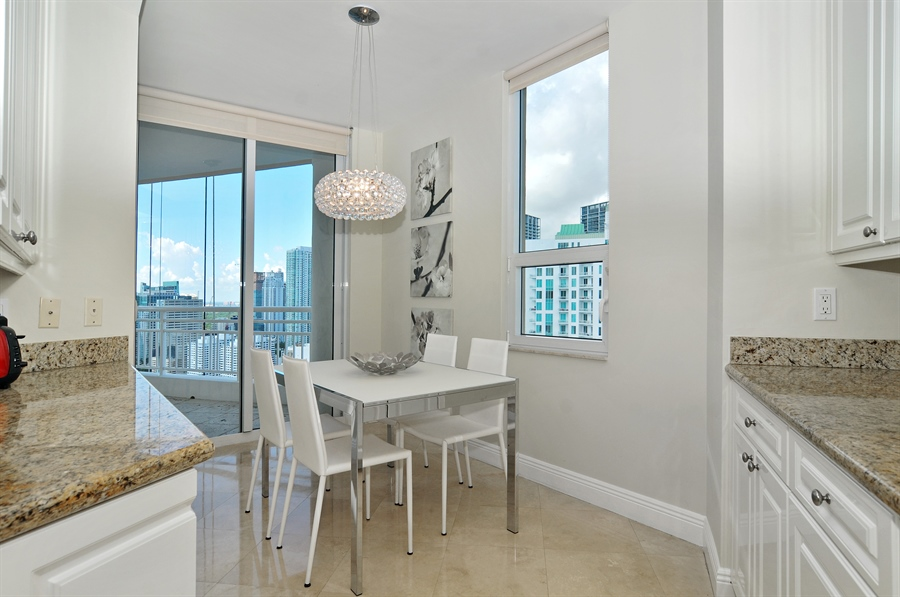 Real Estate Photography - 848 Brickell Key Dr, Unit 3806, Miami, FL, 33131 - Kitchen / Breakfast Room
