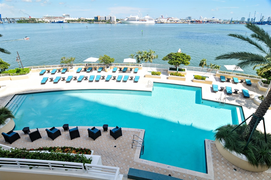 Real Estate Photography - 848 Brickell Key Dr, Unit 3806, Miami, FL, 33131 - Pool