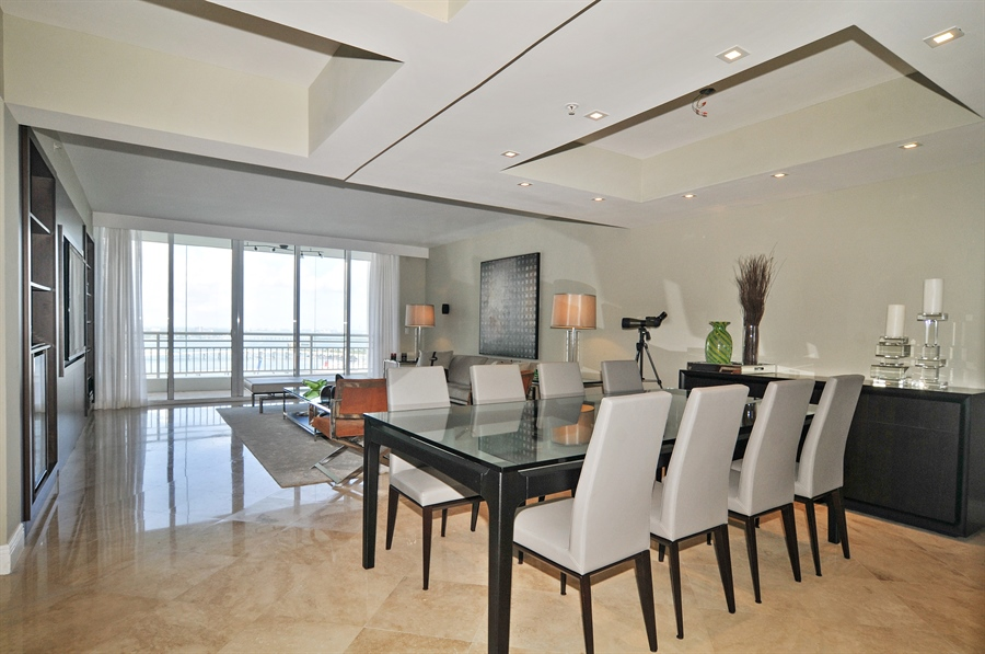 Real Estate Photography - 848 Brickell Key Dr, Unit 3806, Miami, FL, 33131 - Living Room / Dining Room